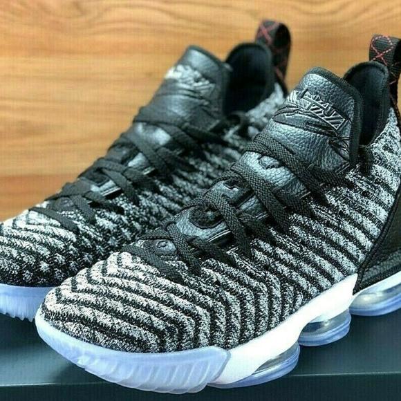 Nike Shoes   Nike Lebron James Xvi